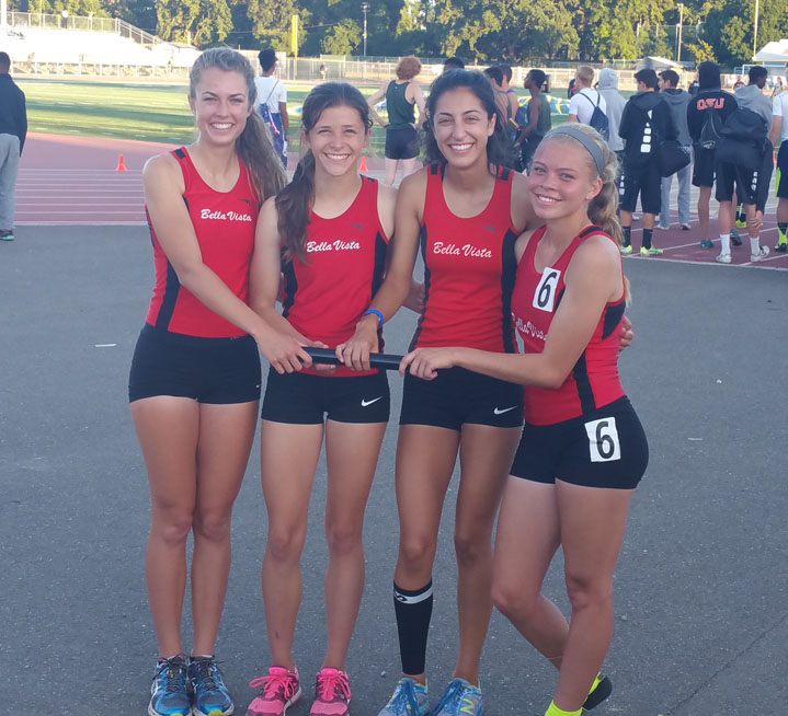 2015 Bella Vista Girls 4 x 400 Relay
